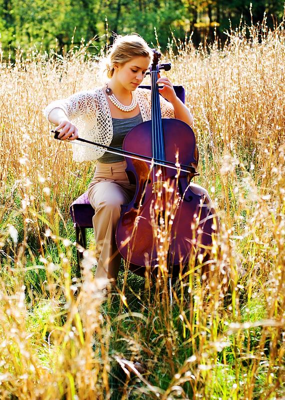 senior portraits with cello