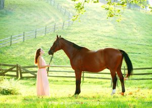 Senior portrait with horse Sewickley, pa